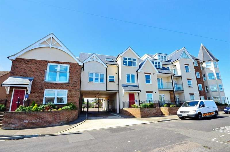 2 Bedrooms Apartment Flat for rent in Ridgeway Cliff Herne Bay CT6