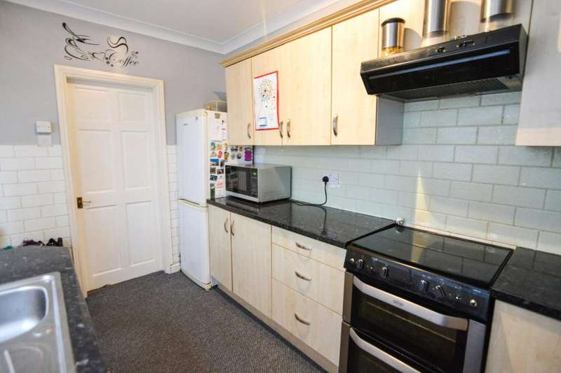 2 Bedrooms End Of Terrace House for sale in Barton Street, Clowne, Chesterfield, S43