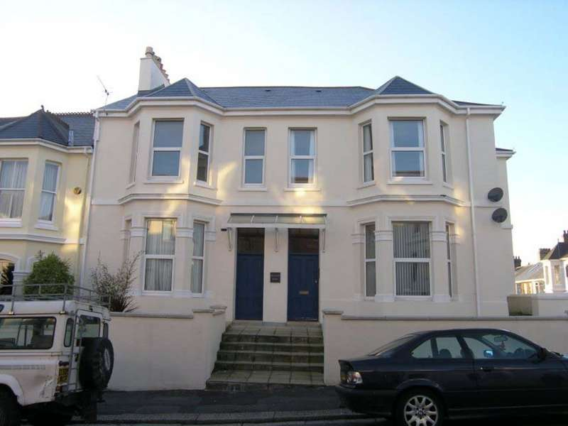 3 Bedrooms Maisonette Flat for rent in Hillcrest, Mannamead, Plymouth PL3