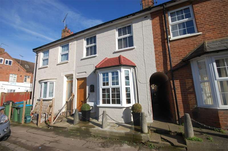 3 Bedrooms Terraced House for sale in Mount Pleasant, Aylesbury, Buckinghamshire