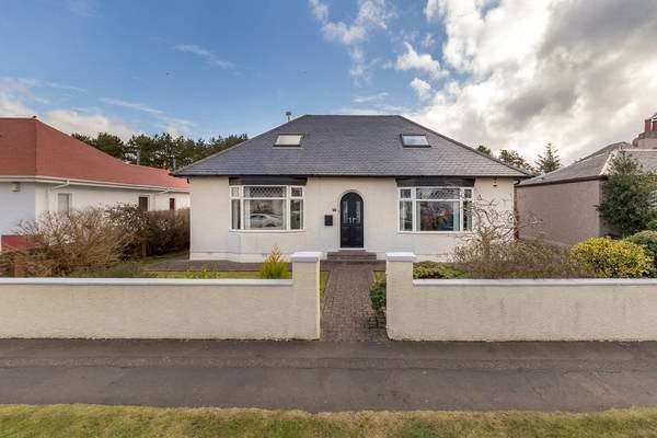 5 Bedrooms Detached House for sale in 14 Gailes Road, Barassie, Troon, South Ayrshire, KA10