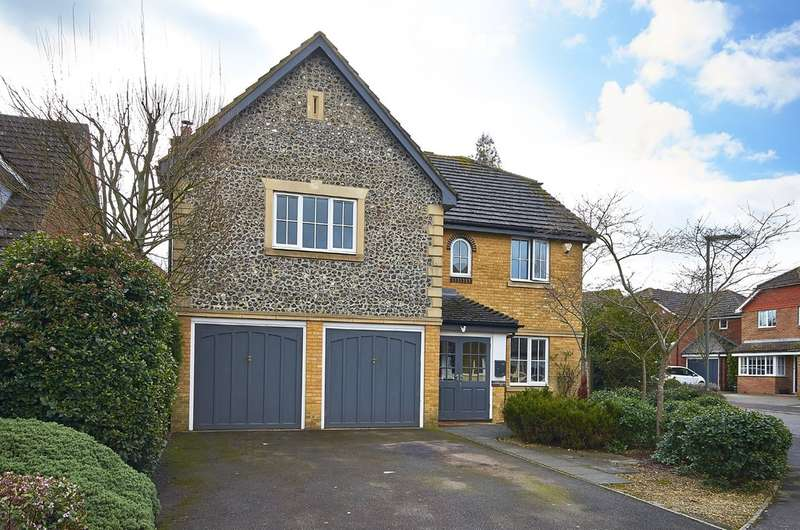 5 Bedrooms Detached House for sale in Godstone, Surrey