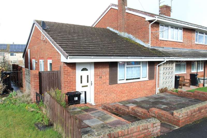 2 Bedrooms Bungalow for sale in Maple Walk, Keynsham, BS31