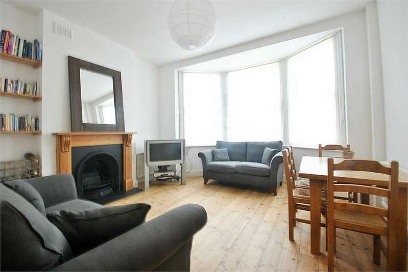 3 Bedrooms Flat for sale in Sarre Road, West Hampstead, London
