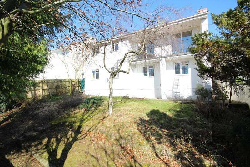 4 Bedrooms Detached House for sale in Massive potential with village views!