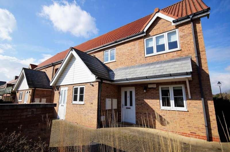 2 Bedrooms Apartment Flat for sale in Burton Waters, Lincoln