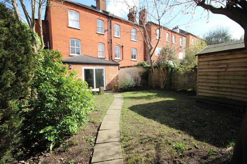 2 Bedrooms Maisonette Flat for sale in Chesham Road, Guildford