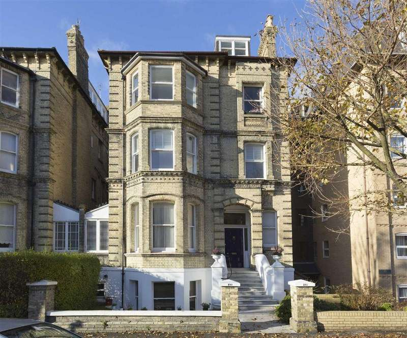 1 Bedroom Flat for sale in Fourth Avenue, Hove