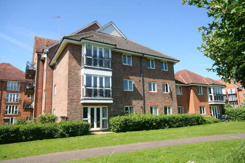 2 Bedrooms Apartment Flat for sale in Coopers Court Crane Mead, Ware