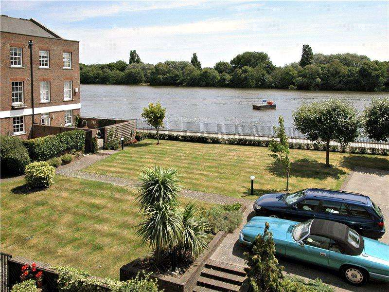 4 Bedrooms Terraced House for sale in Chiswick Wharf, Chiswick, London, W4