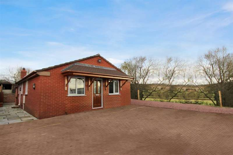 3 Bedrooms Bungalow for rent in Cruise Hill Lane, Elcocks Brook, Redditch, B97 5TR