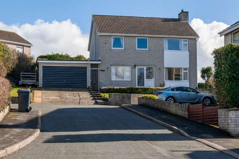 4 Bedrooms Detached House for sale in Pen Rhiw, Llanfairpwll, North Wales