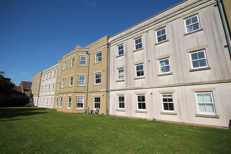 2 Bedrooms Apartment Flat for sale in Ainsley Way, Chartham