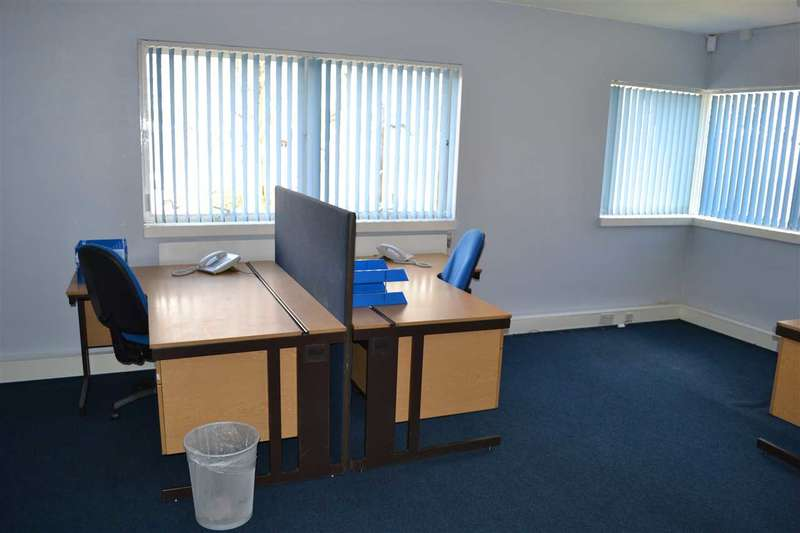 Office Commercial for rent in Downing Street, Smethwick, Smethwick