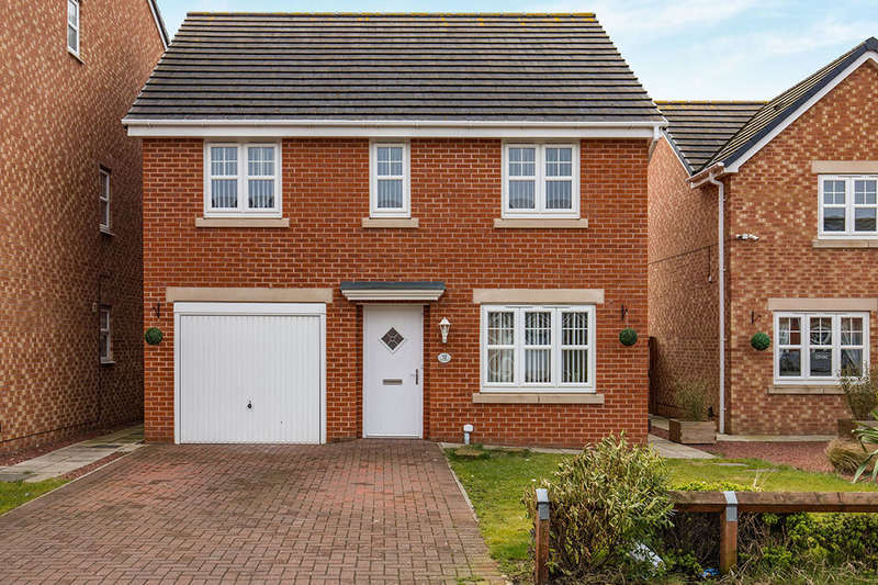 4 Bedrooms Detached House for rent in Atlantic Crescent, Thornaby, Stockton-On-Tees, TS17