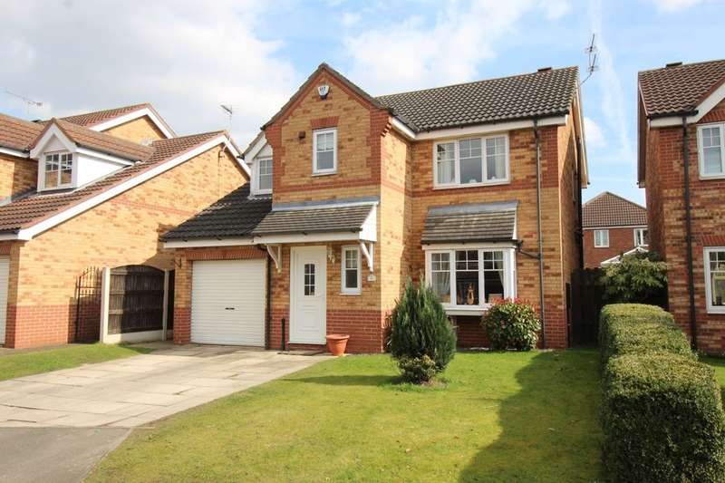 4 Bedrooms Detached House for sale in Highfield Close, Barnby Dun, Doncaster, DN3