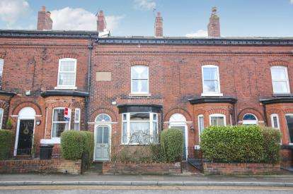 3 Bedrooms Terraced House for sale in Station Road, Marple, Stockport, Cheshire