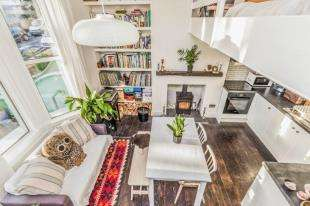 1 Bedroom Flat for sale in Evelyn Terrace, Brighton, East Sussex, .