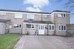 4 Bedrooms Property