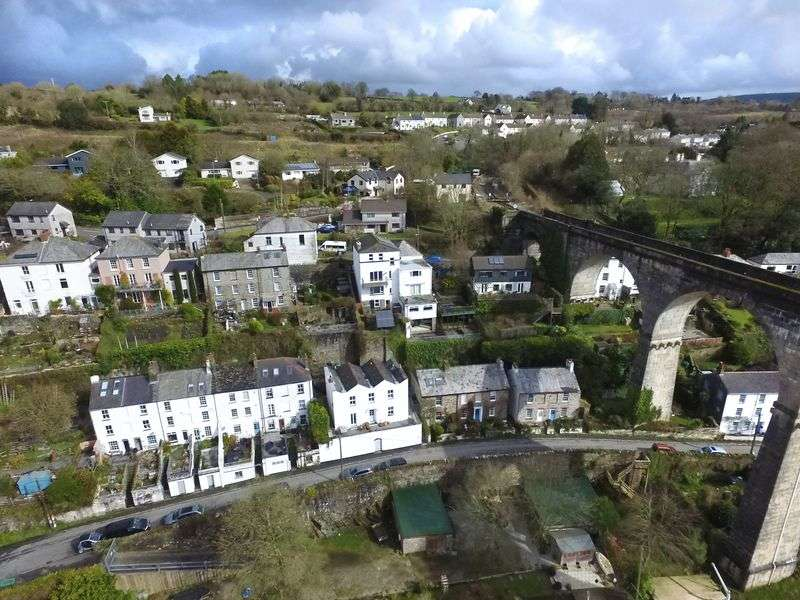 4 Bedrooms Property for sale in Lower Kelly, Calstock