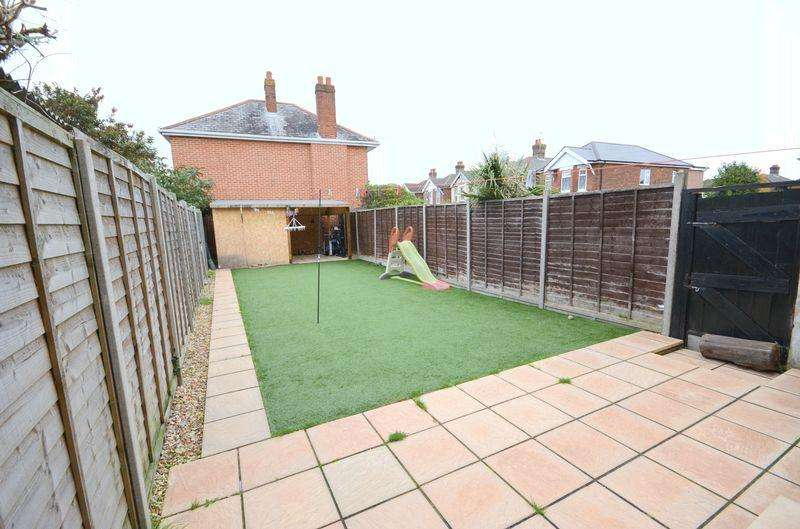 3 Bedrooms Semi Detached House for sale in Brassey Road, Bournemouth