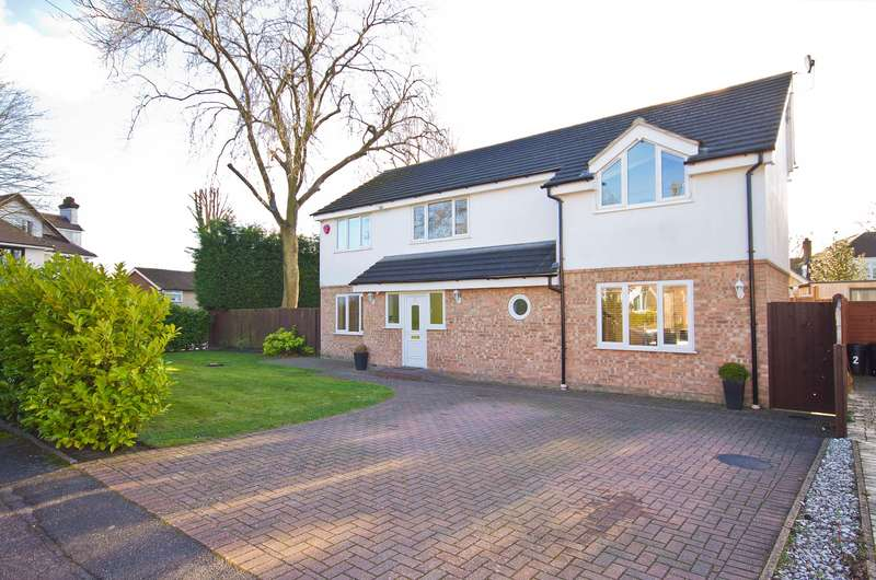 5 Bedrooms Detached House for sale in Northwood