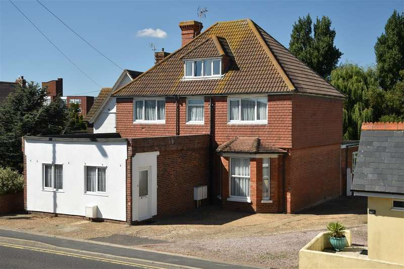 8 Bedrooms House for sale in High Street, Dymchurch