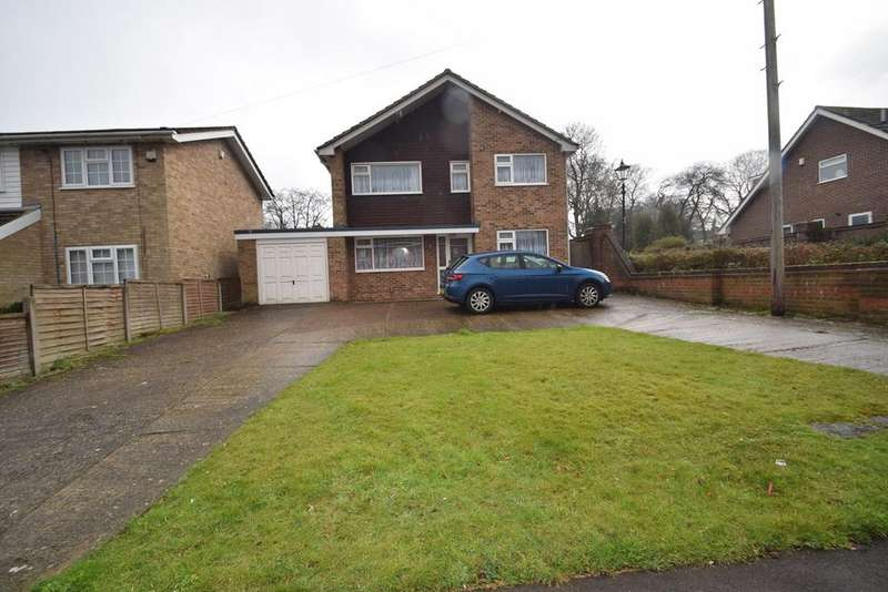 4 Bedrooms Detached House for sale in Chestnut Avenue, Chatham, ME5