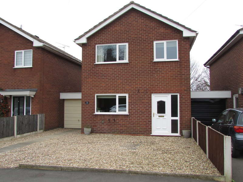 3 Bedrooms Semi Detached House for sale in Mond Street, Barnton