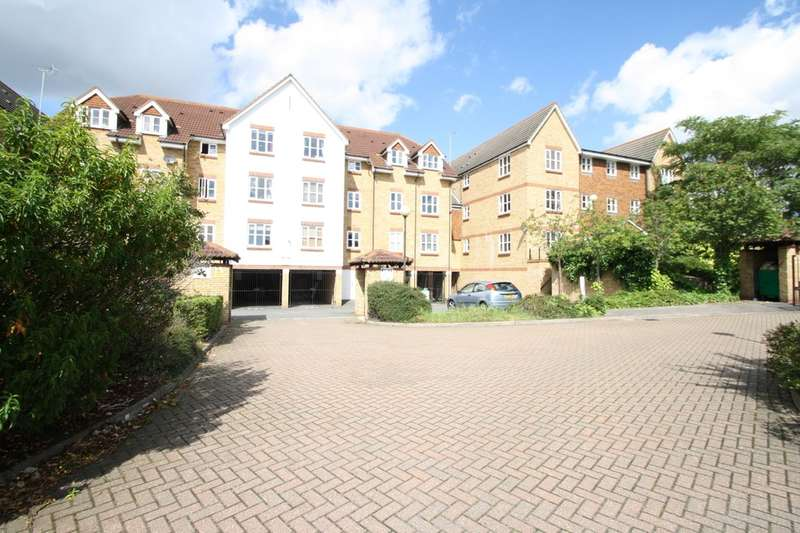 1 Bedroom Flat for sale in Highgrove Mews, Grays