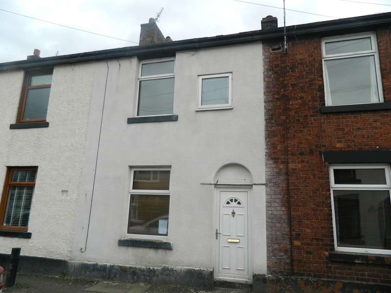 3 Bedrooms Terraced House for sale in Elson Street, Bury, BL8