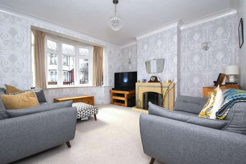 4 Bedrooms Terraced House for sale in Maclean Road SE23