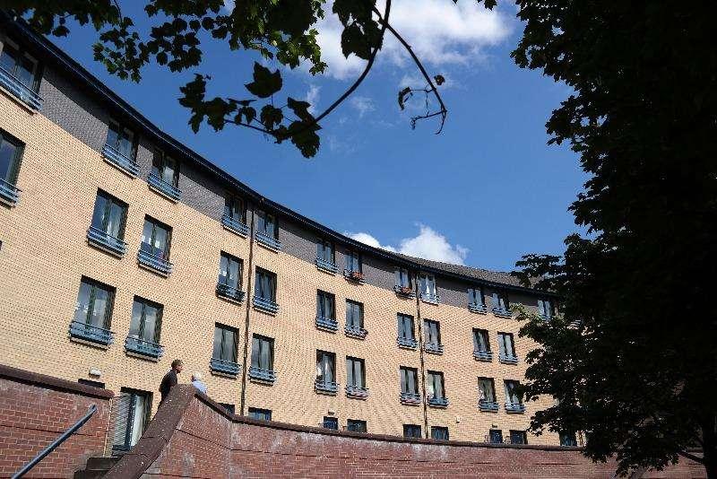 2 Bedrooms Flat for rent in Turnbull Street, Glasgow Green, Glasgow, G1 5PR