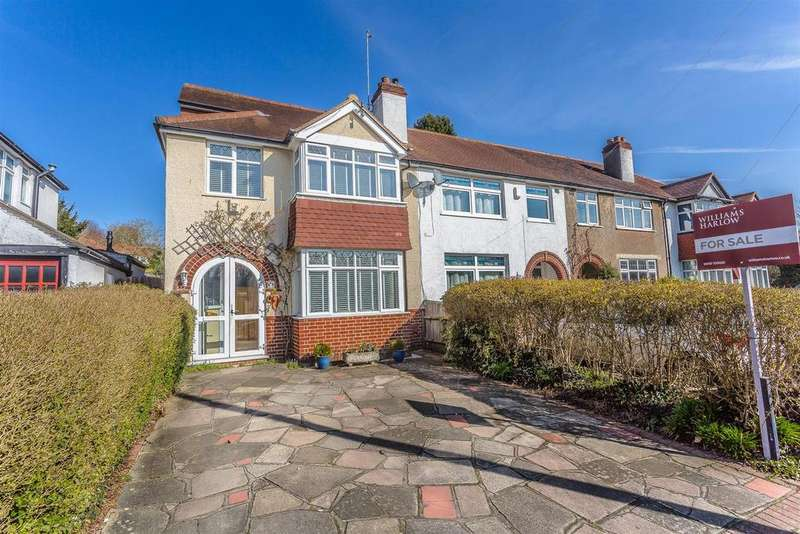 4 Bedrooms End Of Terrace House for sale in Manor Way, Banstead