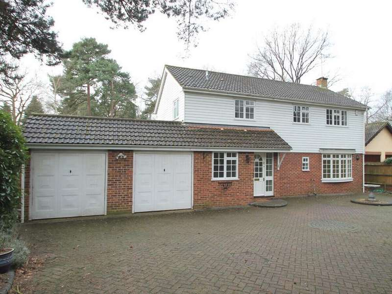 4 Bedrooms Detached House for rent in Park Avenue, Camberley, Surrey