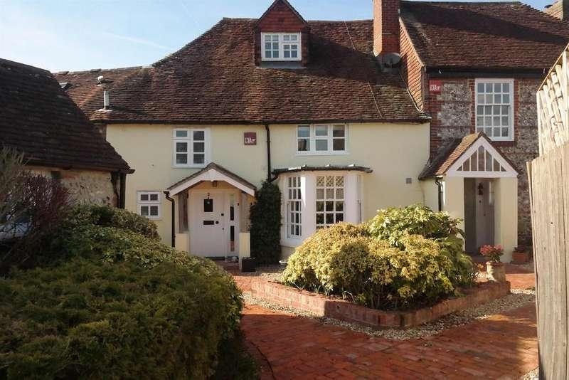 3 Bedrooms Terraced House for sale in Grooms Yard, Singleton