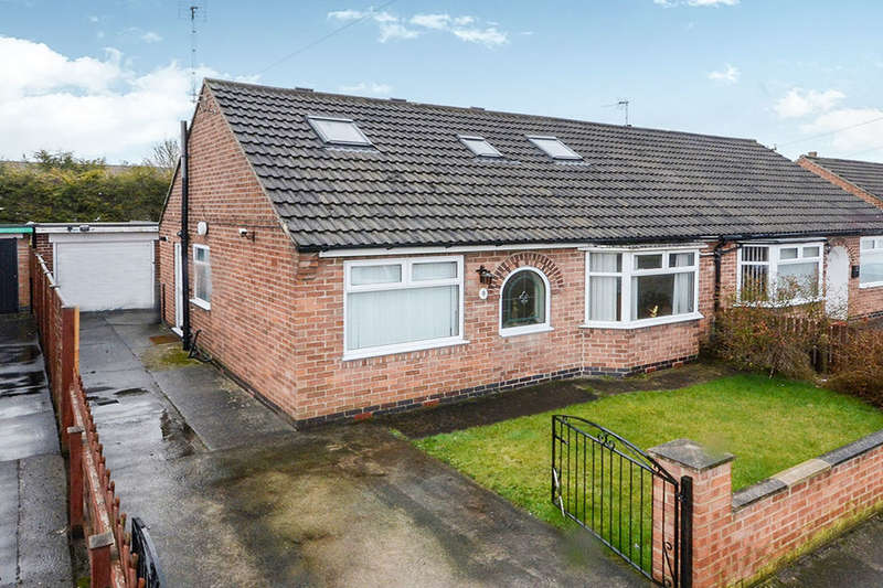 3 Bedrooms Semi Detached Bungalow for sale in Almsford Road, York, YO26