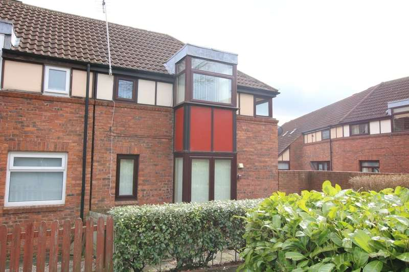 2 Bedrooms Flat for sale in Wigeon Close, Washington, NE38