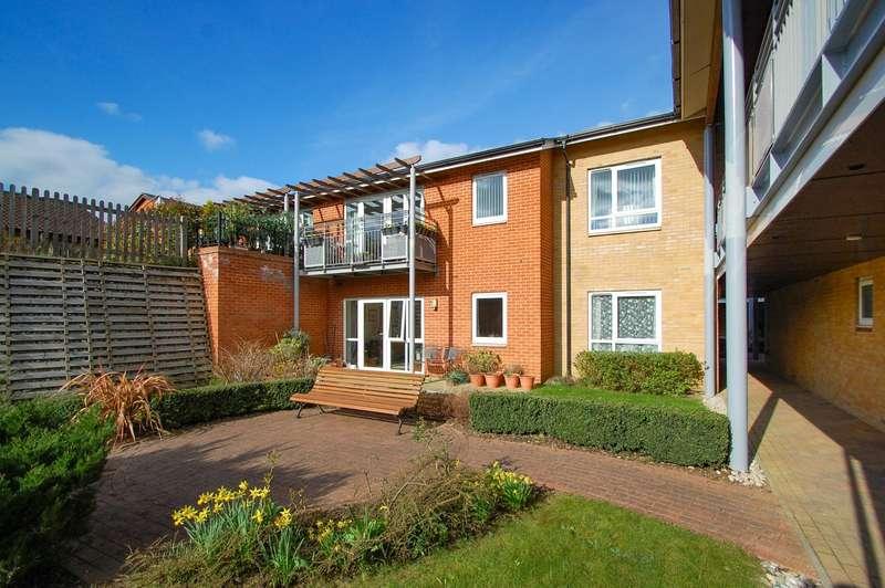 2 Bedrooms Flat for sale in David Lean Court, Patrons Way West,, Denham Garden Village, Denham, UB9