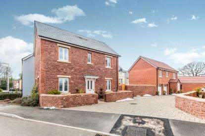 3 Bedrooms Detached House for sale in Dawlish, Devon, .