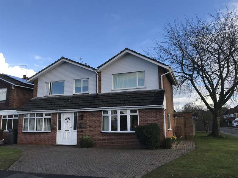 4 Bedrooms Link Detached House for sale in Northdown Road, Solihull, B91 3NB