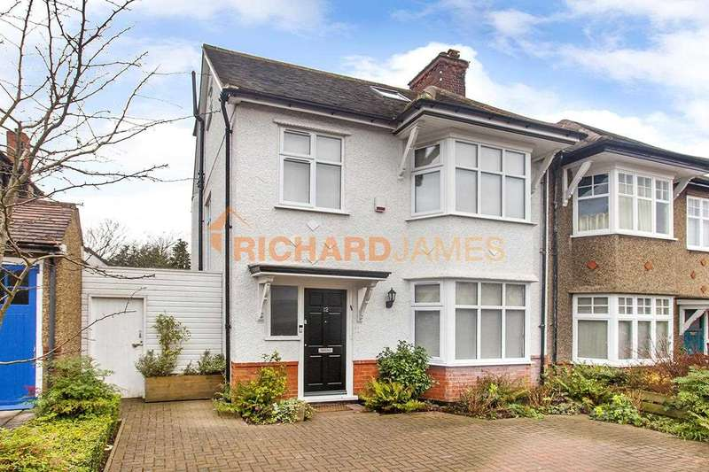 4 Bedrooms Semi Detached House for sale in Manor Drive, Mill Hill