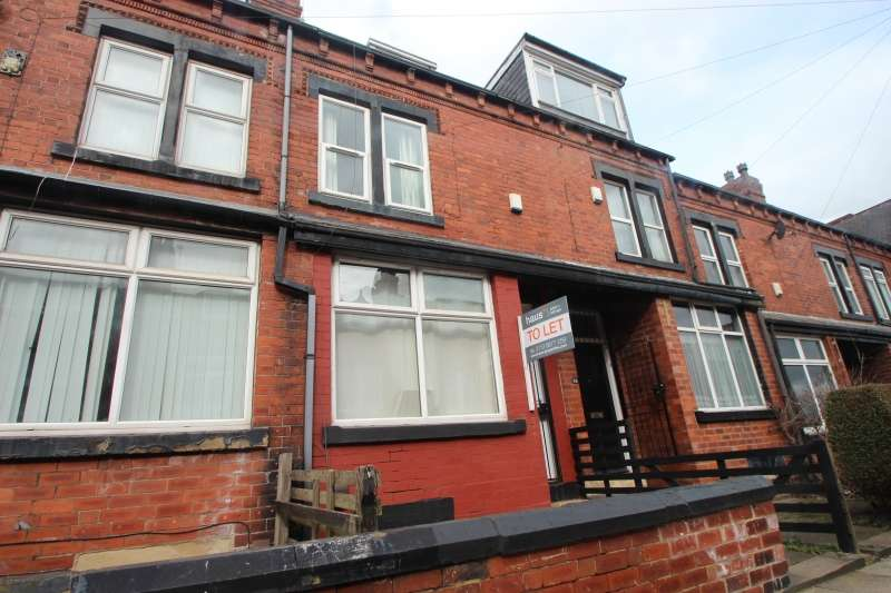 6 Bedrooms End Of Terrace House for rent in Hartley Grove, Woodhouse, Leeds