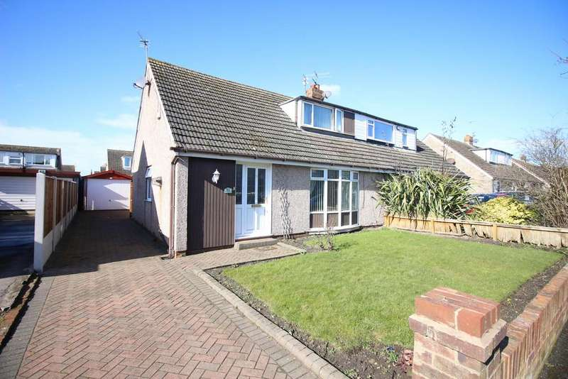 3 Bedrooms Semi Detached Bungalow for sale in Coniston Avenue, Fleetwood