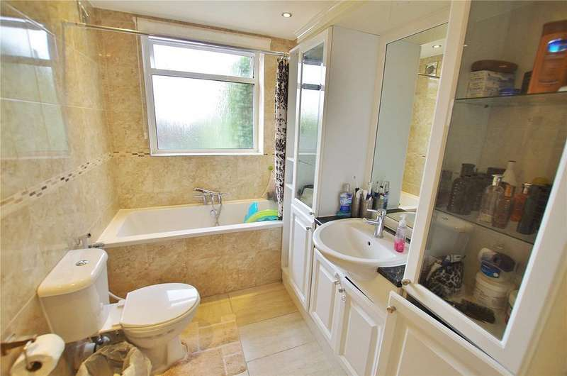 3 Bedrooms Terraced House for sale in Liverpool Road, Watford, Hertfordshire, WD18