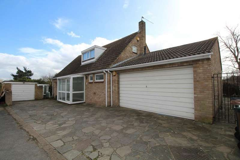 4 Bedrooms Bungalow for sale in Links View Dartford DA1