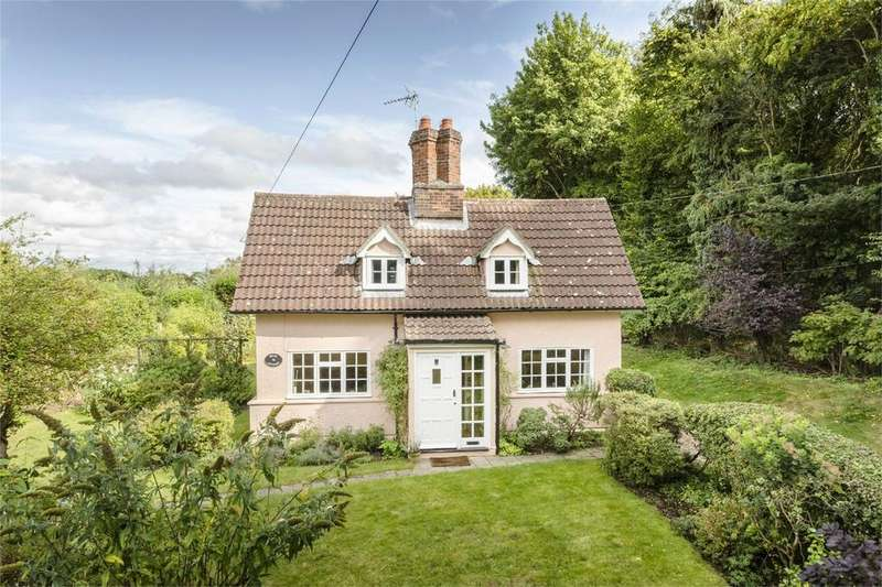 3 Bedrooms Cottage House for sale in Wood Cottage, Wood Lane, Willingale, Ongar, Essex