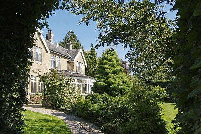 6 Bedrooms Detached House for sale in Halton Grange, Wall, Hexham