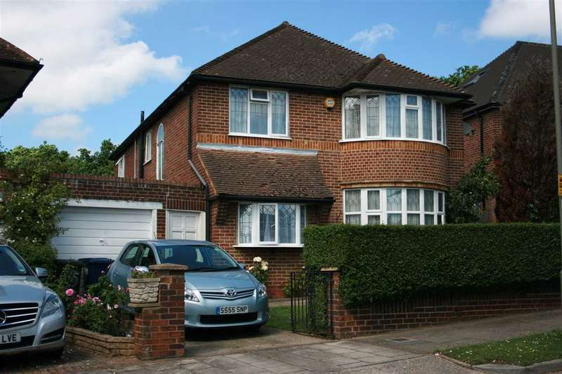 5 Bedrooms Detached House for sale in Michleham Down, Woodside Park, London