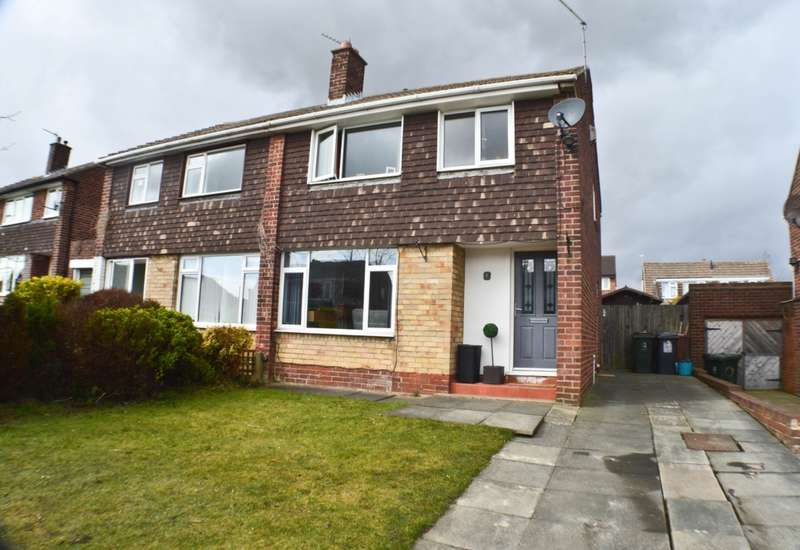 3 Bedrooms Semi Detached House for sale in Moorlands, Prudhoe, NE42